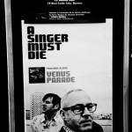 A singer must die