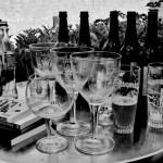 Des livres, des bières, un coca.